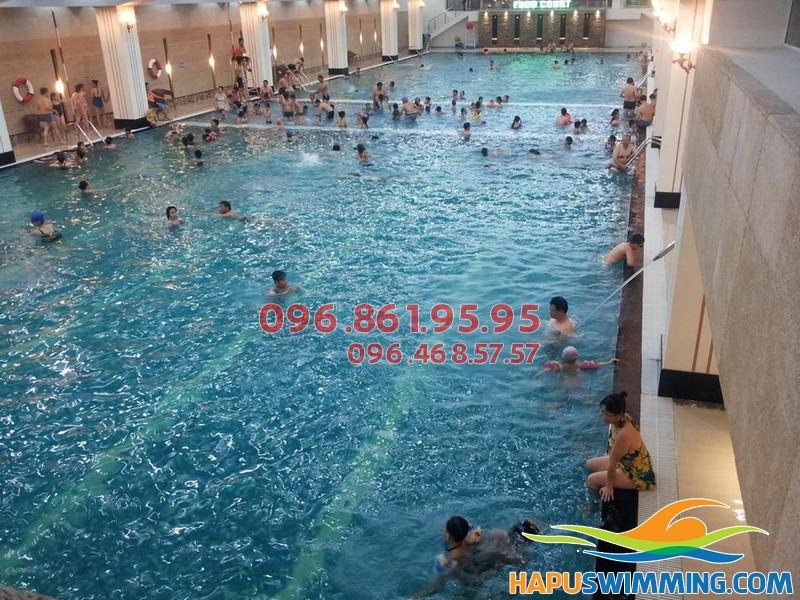 Sở hữu body cực chuẩn nhờ tham gia lớp học bơi bể Hapulico của Hapu Swimming 02