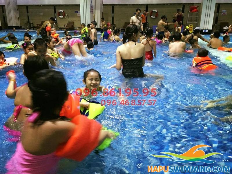 Học bơi sải đúng cách với lớp dạy bơi bể Hapulico của Hapuswimming 02