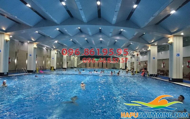 Học bơi Hapulico để trang bị kỹ năng bơi lội quan trọng cho bé