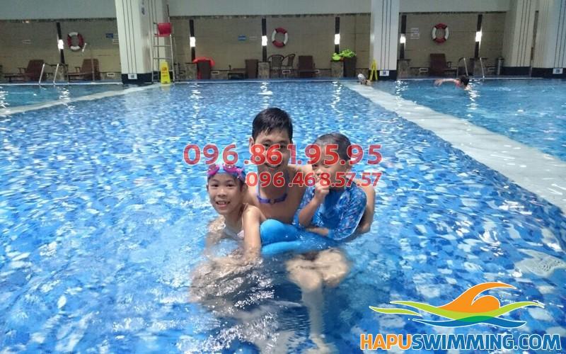 Lớp dạy bơi bể Haplico kèm riêng của Hapuswimming 02