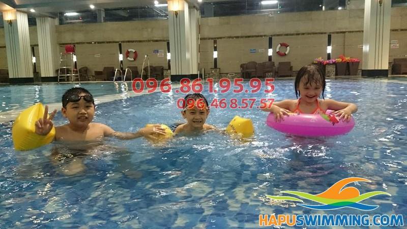 Hapu Swimming có lớp học bơi cho trẻ em không?