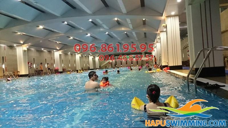 Các lớp học bơi bể Hapulico 2017