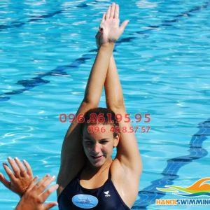 Cần tìm HLV nữ dạy bơi cho người lớn quận Thanh Xuân