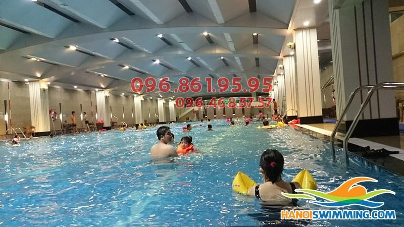 Đánh giá chất lượng các lớp học bơi bể Hapulico