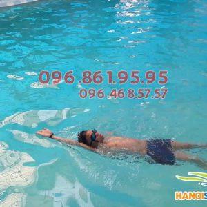 Bí quyết đơn giản để học bơi ngửa thành công