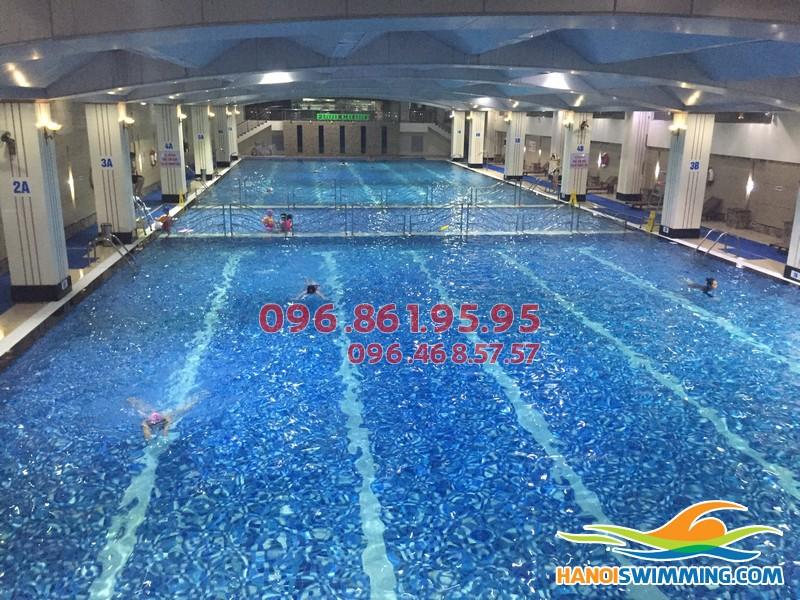 Lớp học bơi tốt nhất cho người lớn tại Hà Nội