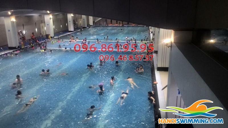 Lớp học bơi cho người lớn bể Hapulico: Uy tín, chất lượng, giá rẻ
