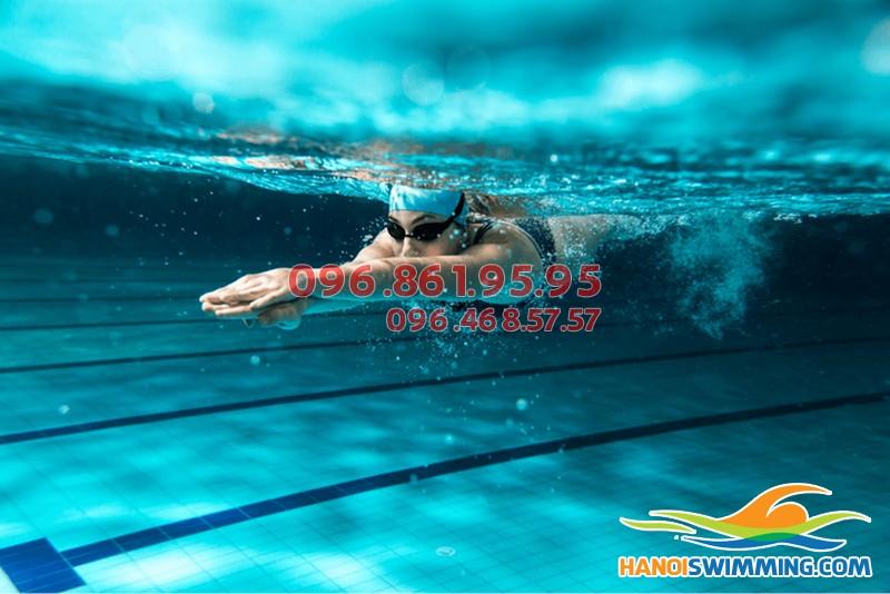 Đây chính là cách học bơi dễ nhất, bạn đã biết chưa?!