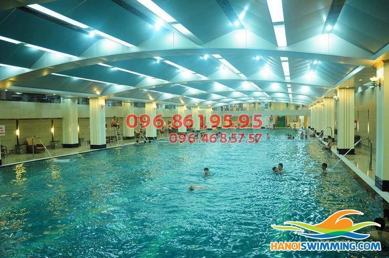 Dạy học bơi Hapulico: Khóa dạy học bơi mùa đông uy tín và chất lượng