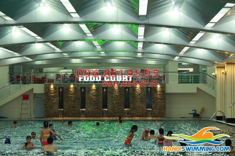 Trọn gói khóa học bơi từ A đến Z tại bể bơi Hapulico 83 Vũ Trọng Phụng