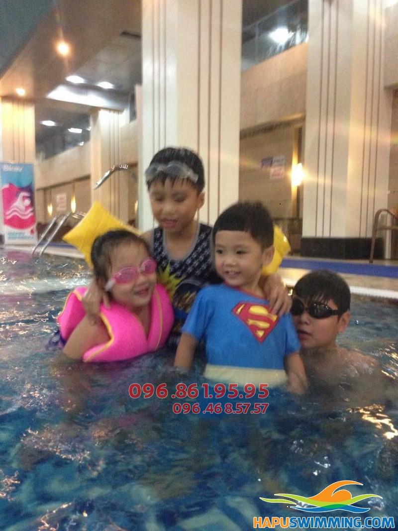 Hà Nội Swimming trung tâm dạy bơi mùa đông cho trẻ em chất lượng