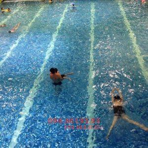 Học bơi mùa đông bể Hapulico học viên được chủ động đăng ký lịch học