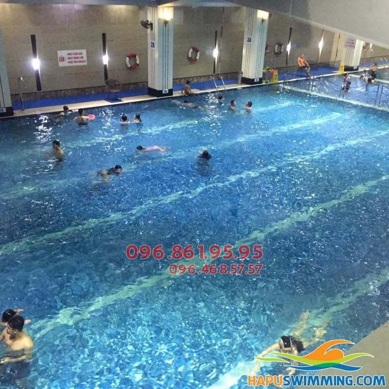 Chỉ từ 7 đến 10 ngày học viên có thể hoàn thành tốt khóa học bơi cơ bản