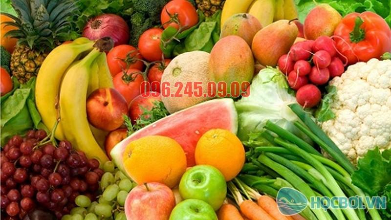 Nên ăn nhiều rau xanh và trái cây trong chế độ giảm cân của học sinh