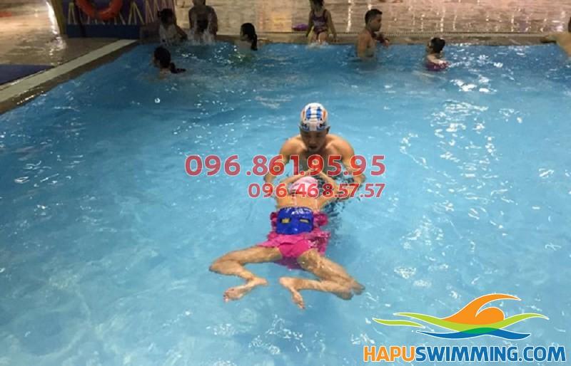 Cách học bơi ếch nhanh và nhẹ nhất