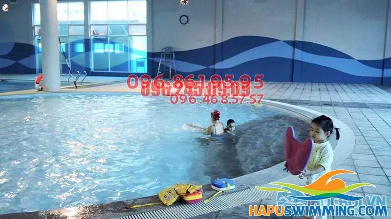 Bể bơi số 73 Vạn Bảo, Liễu Giai, Ba Đình, Hà Nội