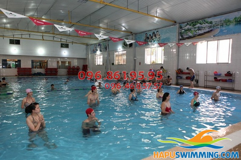Bể bơi nước nóng Trần Hưng Đạo