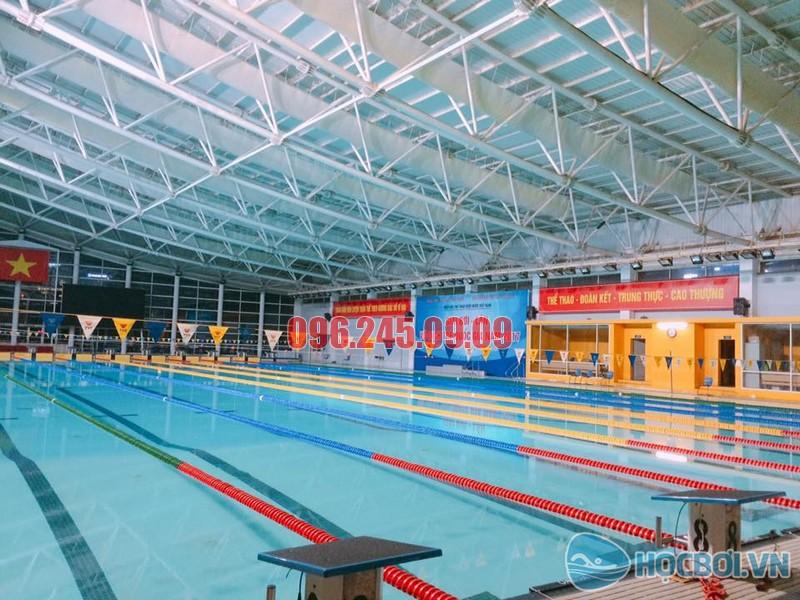 Bể bơi trong nhà của Cung thể thao dưới nước