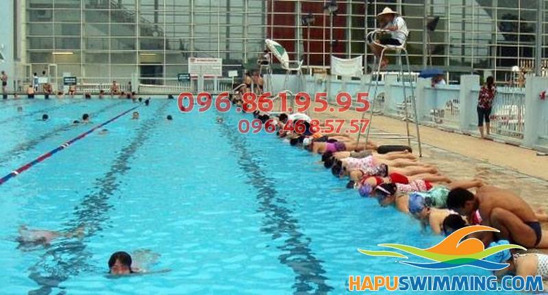 Học bơi Mỹ Đình giá rẻ, hiệu quả