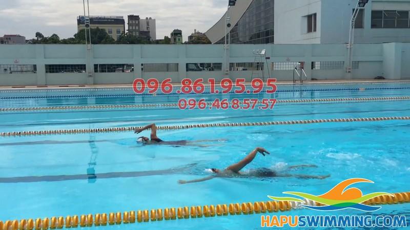 HLV Hà Nội Swimming hướng dẫn dạy bơi kèm riêng tại bể Mỹ Đình