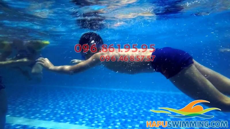 Học bơi bể Hapulico 2019 - Học bơi bao nhiêu 1 tháng cho trẻ em