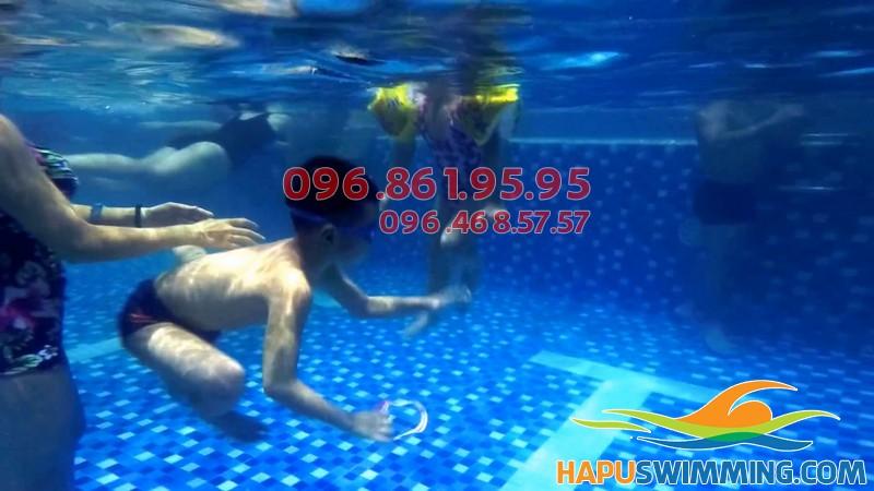 Học bơi bể Hapulico 2018 - Học bơi bao nhiêu 1 tháng cho trẻ em