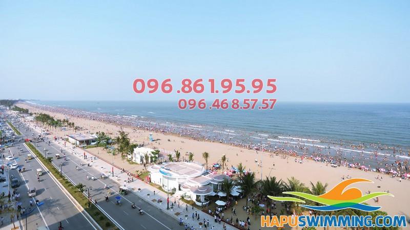 Bãi biển Sầm Sơn - địa điểm du lịch hè yêu thích nhất miền Bắc và Trung Bộ