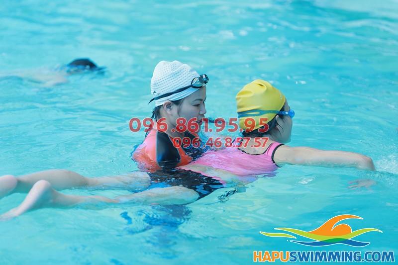 Review bể bơi Hà Nội - Bể bơi khách sạn Bảo Sơn 50 Nguyễn Chí Thanh