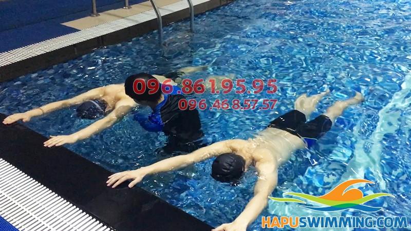 Trung tâm dạy bơi chuyên nghiệp, dạy bơi bể Hapulico tốt nhất