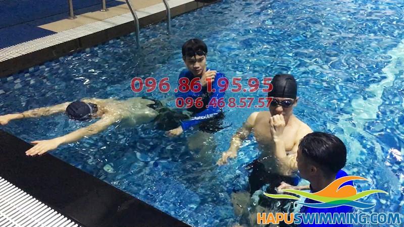 Hapu Swimming trung tâm dyaj bơi chuyên nghiệp hè 2018 ở bể bơi Hapulico