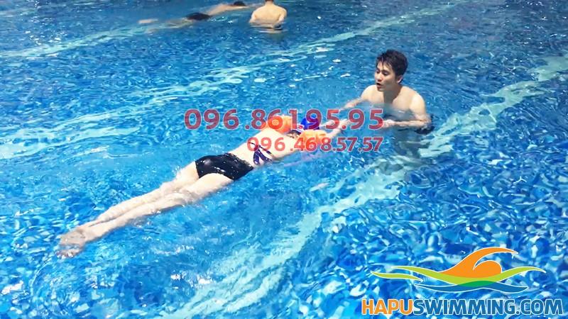 Học phí học bơi bể Hapulico hè 2019- Giá học bơi ở Hà Nội
