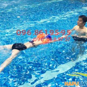 Bể bơi Hapulico không gian rộng, chất lượng nước sạch cực ly tưởng để học bơi