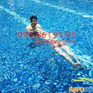 Bể bơi Hapulico có làn nước trong xanh, sạch sẽ