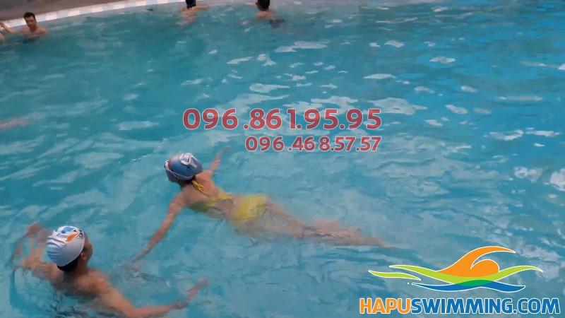 Học bơi kèm riêng bể nước nóng chỉ 2 triệu tại Bảo Sơn