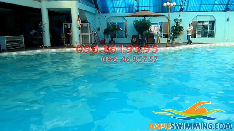 Bể bơi Bảo Sơn sạch sẽ, sang trọng