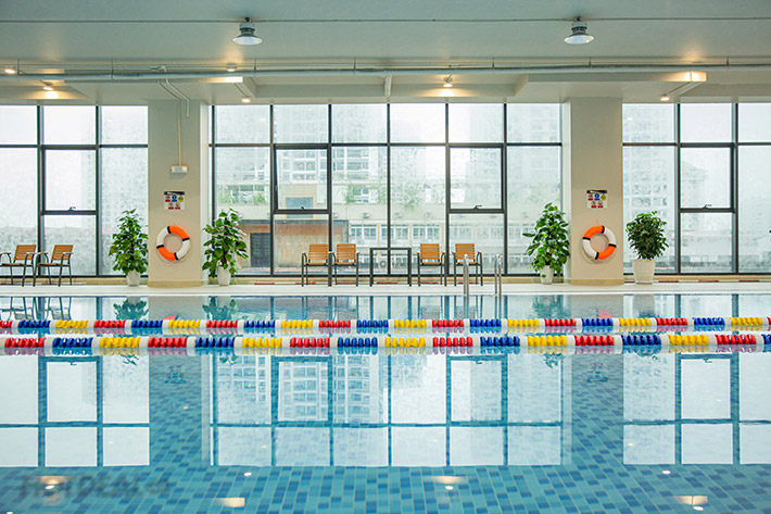 Bể bơi bốn mùa The Legend Pool - bể bơi đẹp nhất nhì Hà Nội