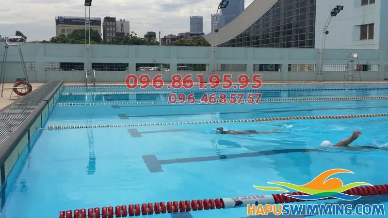 Bể bơi Mỹ Đình không gian thoáng đãng, view đẹp