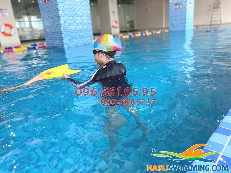 Học bơi tại The Legend Nguyễn Tuân cùng các HLV giỏi nhất
