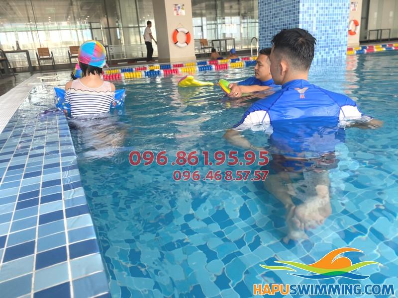 Bể bơi The Legend Pool - Bể bơi Vip tại Hà Nội