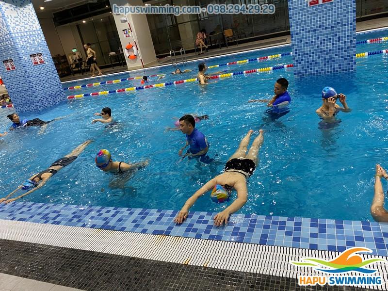 The legend Pool - Bể bơi sạch đẹp bậc nhất Hà Nội